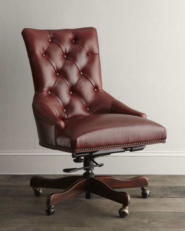 Add luxury and comfort to the office with this chair