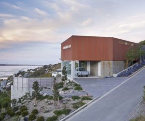 Modern Marcus Beach House In Australia · Contemporary Residence In  Redcliffs By MAP Architects