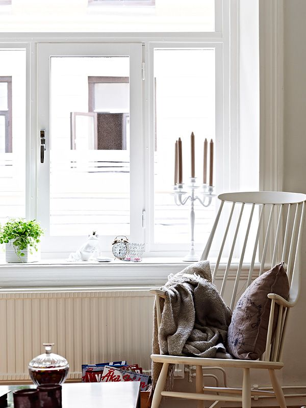 Small Apartment Balcony Garden Ideas: A Small, Neutral Apartment Of 50 Square Meters