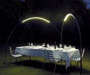 Interesting Design for An Outdoor Lamp