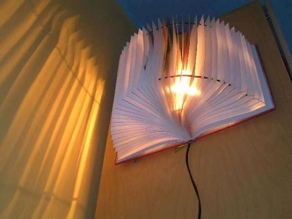 21 creative diy lighting ideas for Diy kitchen lighting design