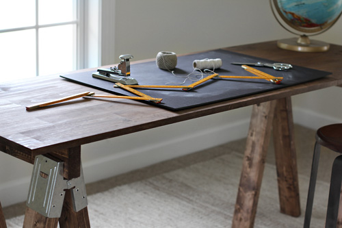 How To Build A Sawhorse Desk For Both Rustic And Modern Offices