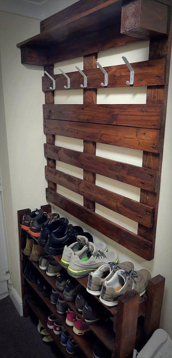 wood pallets entryway shoe rack