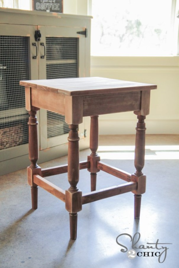 diy stool Classy Vintage Design
