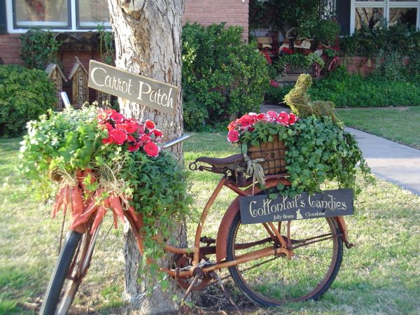 Garden Decoration Pictures give your old bike a second chance and turn it into a beautiful