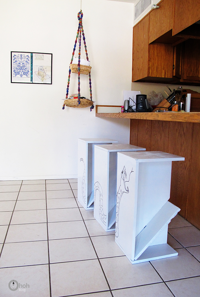 diy stools Hip Divided Image Panel Stool Set