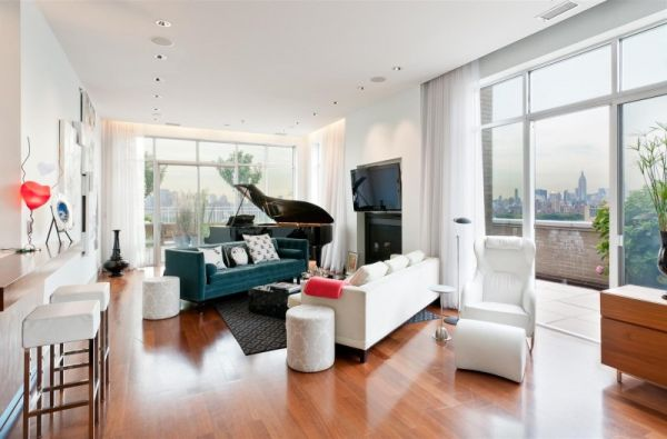 A Stylish And Ious Top Floor Apartment Looking For New Owner