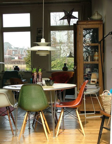10 Beautiful Interior Designs Featuring The Eames 174 Molded