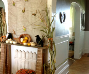 A fall décor for your fake mantel