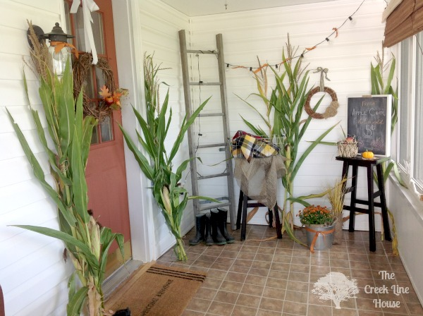 Prepare your mudroom for fall and give it a more festive look