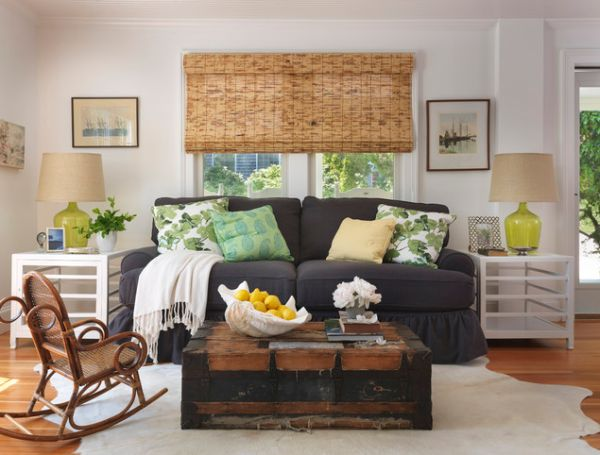 13 creative ideas for using trunks in your interior d cor for Vintage chic living room ideas