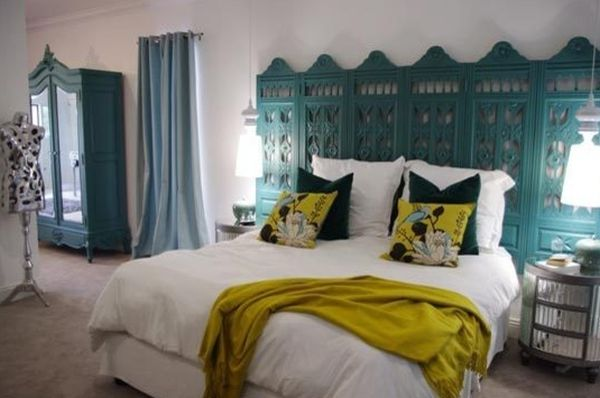 10 unusual headboard ideas for an original bedroom for Different headboards