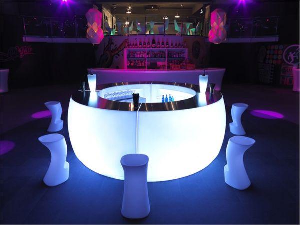 fiesta a bar counter that hides a brilliant secret. Black Bedroom Furniture Sets. Home Design Ideas
