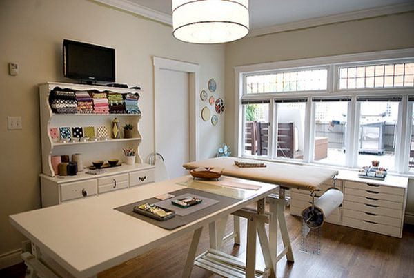 Beautiful craft room interior design ideas that make work easier - Craft room ideas for small spaces concept ...