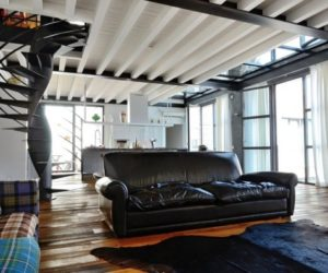 A beautifully restored loft in a former garage building from Brescia