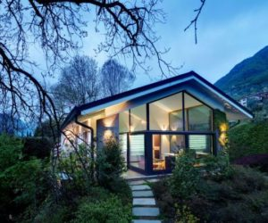 Renovated House Featuring Panoramic Views Of The Mountains And Lake