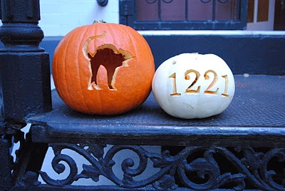 10 creative pumpkin carving ideas for Cat carved into pumpkin