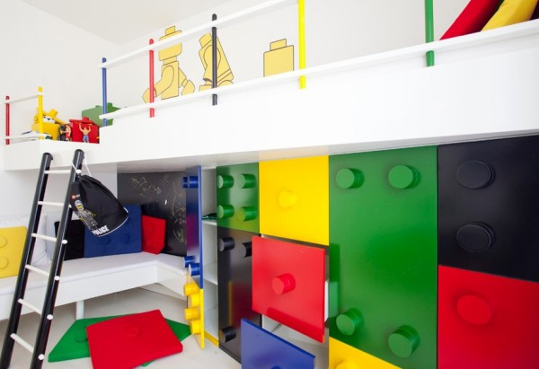 childs room lego inspired room