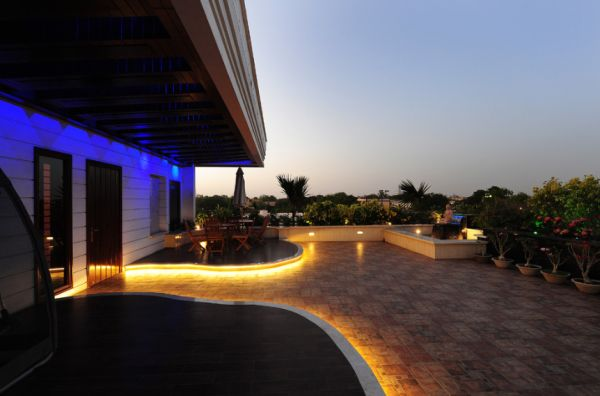 lighting ideas for outdoor gardens terraces and porches - Deck Lighting Ideas
