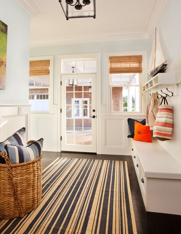 Practical and space-saving entryway hanger design ideas