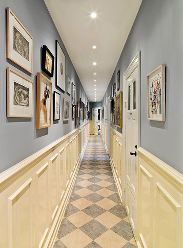 Long Foyer Decorating Ideas : Squeezing style into a narrow hallway