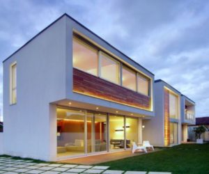 The contemporary MP House, a light and simple structure with a functional design