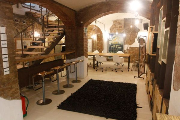 A charming and creative workspace in Barcelona