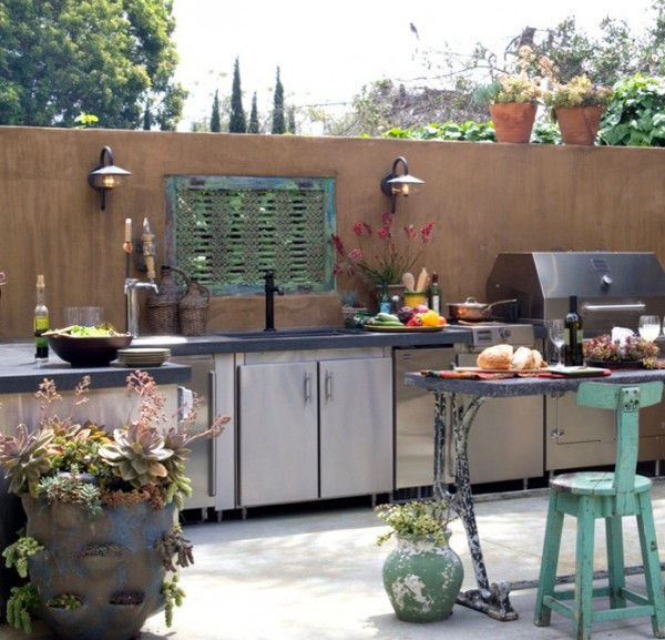 outdoor summer kitchen