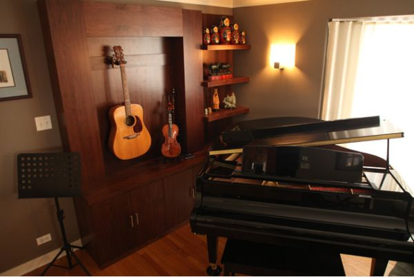Display your collection of musical instruments for a for Room decor ideas music
