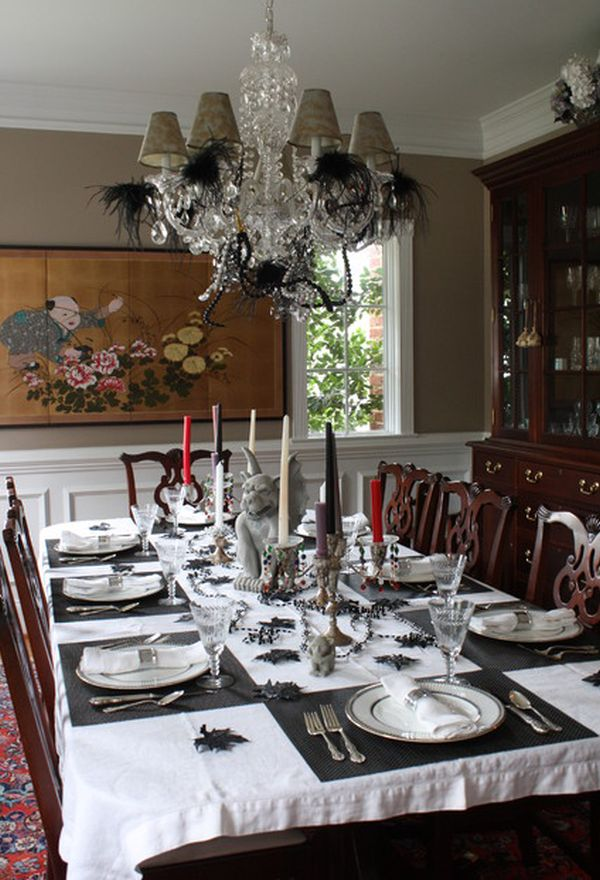 view in gallery - Halloween Table Decoration