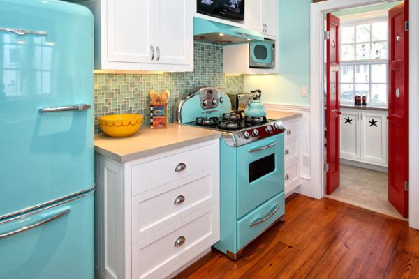 Eyecatching kitchen appliances a fun and colorful way of standing out
