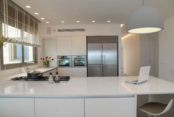Exceptional ... View In Gallery Modern, All White Kitchen ... Part 19