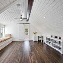 Wooden attic ceilings advantages and design ideas & Turn The Attic Into A Perfect Play Area For The Kids - 25 ...