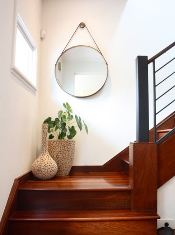View In Gallery Small Staircase Landing Decorated ... Nice Design