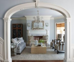 Living Room Arch Square Off