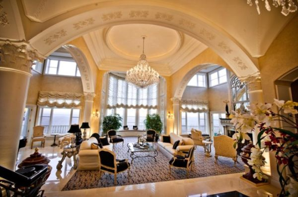 View in gallery  This is another exquisite living room Beautiful archway designs for elegant interiors