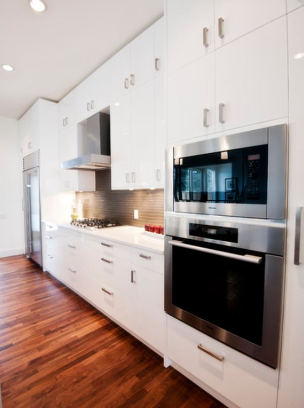 View In Gallery Contemporary Kitchen ...