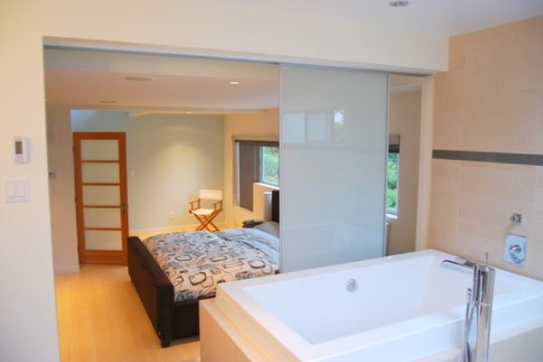 Bedroom and bathroom 2 in 1 suites clever combos or for Open plan bedroom bathroom ideas