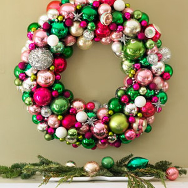 5 diy front door wreaths for How to make christmas door wreaths