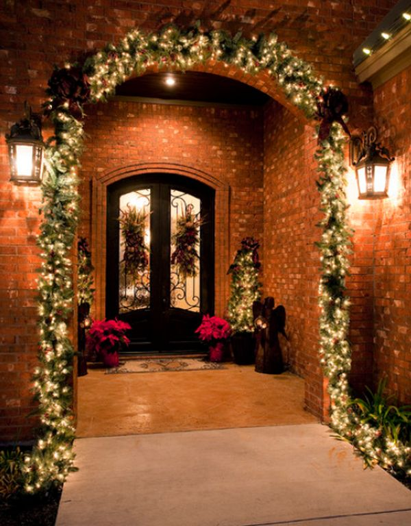 view in gallery - Entryway Christmas Decorations