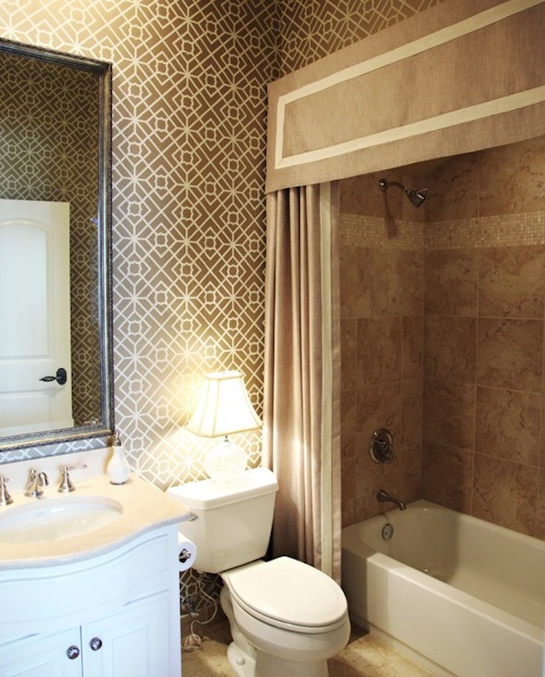 Shower Curtain Decorating Ideas.Making Your Bathroom Look Larger With Shower Curtain Ideas