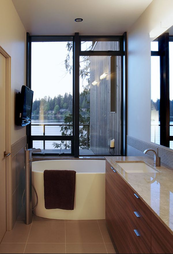 Small Bathtub View