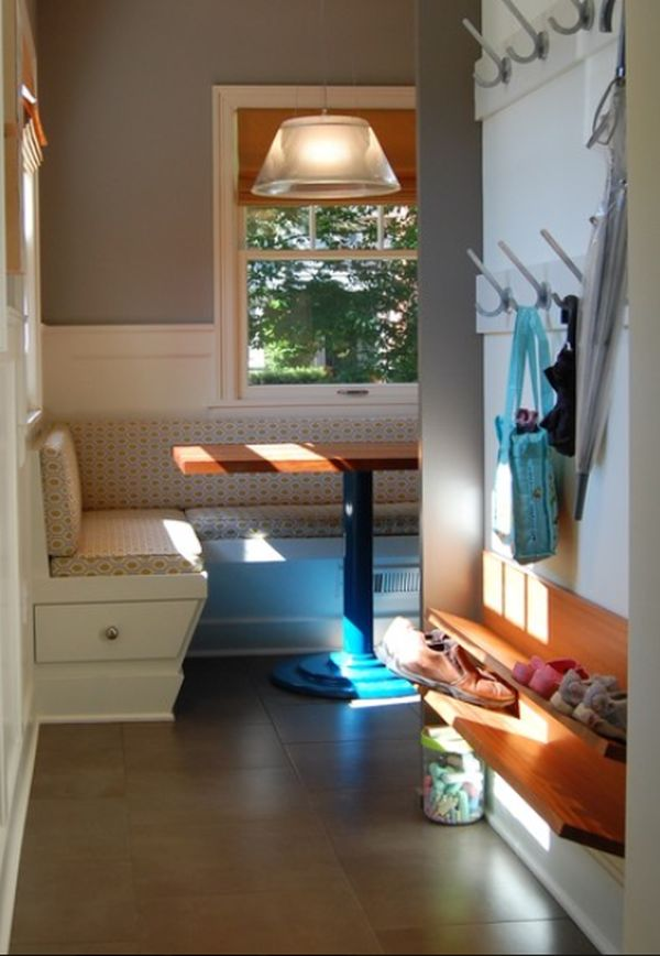 Small House No Foyer : Entryway shoe storage ideas