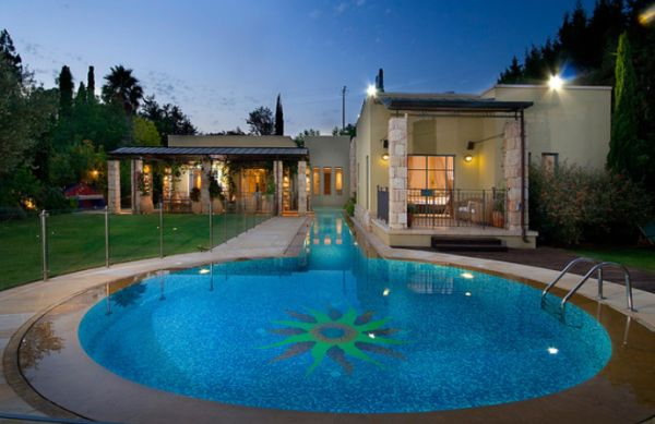 How To Use Circles In Swimming Pool Designs
