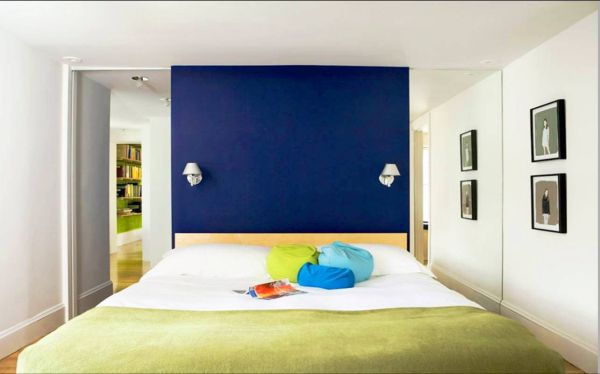 Color blocking in the bedroom ideas inspiration for What type of paint to use on bedroom walls