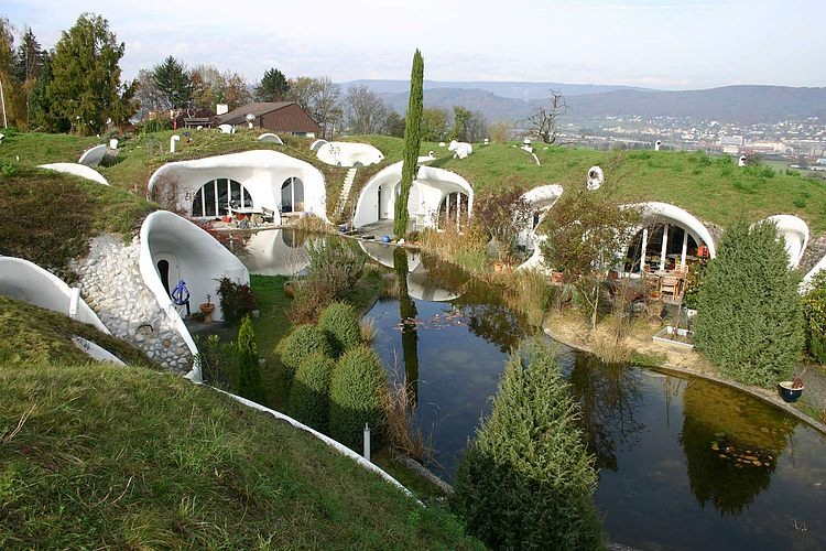 8. Organically-shaped earth houses by Peter Vetsch.