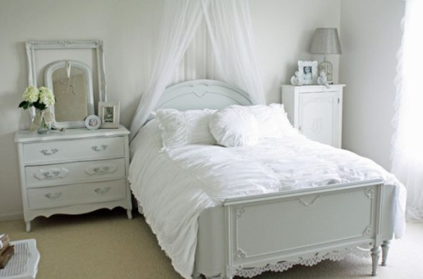 I 39 m dreaming of a white bedroom for Bedroom designs white