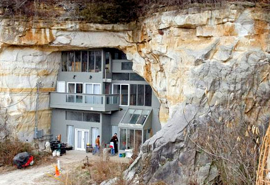 Most Underground Homes Or Structures Are Built Into The Hillside Following Model Offered By Lord Of Rings Movies
