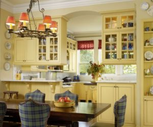 Chic and inviting French country kitchen interiors