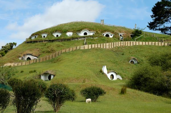 underground houses. View in gallery 10 Spectacular Underground Homes Around The World